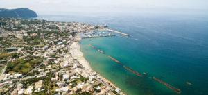 Settembre a Ischia, spiaggia della Chiaia
